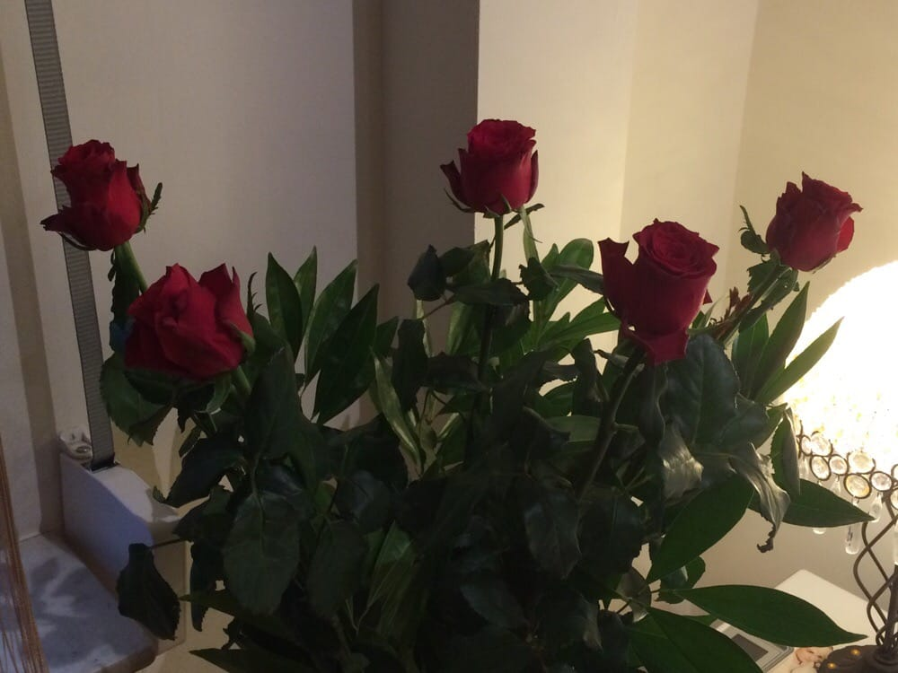 Mon Bouquet De Rose Rouge De Tres Belle Fleur Yelp