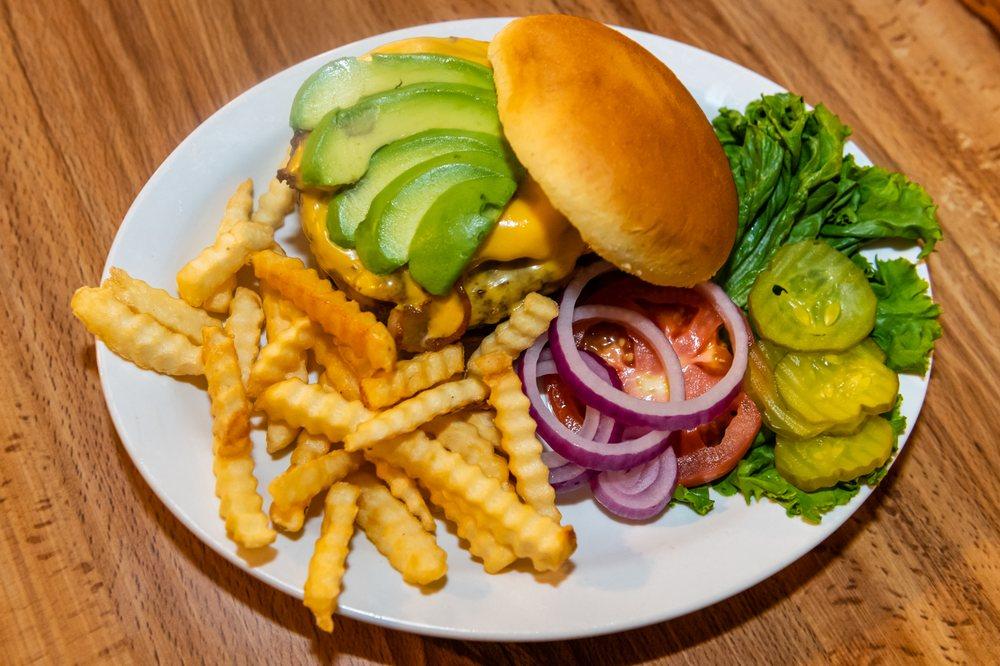 Horseshoe Cafe & Bakery: 154 E 4th St, Benson, AZ