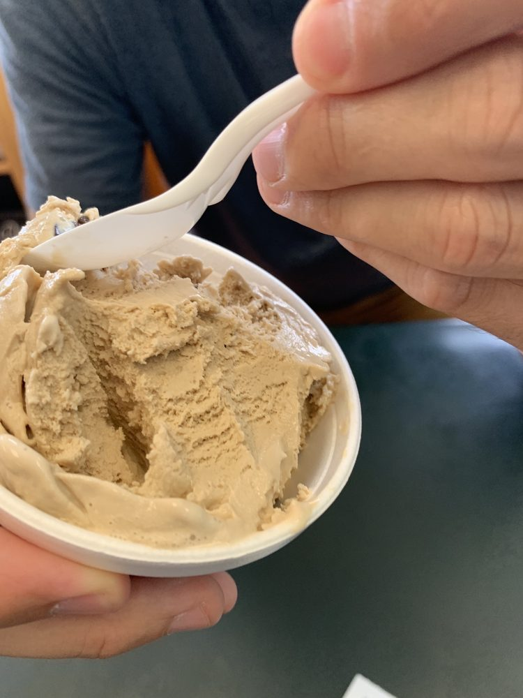 Scoops Ice Cream: 4043 Central Ave, Hot Springs, AR