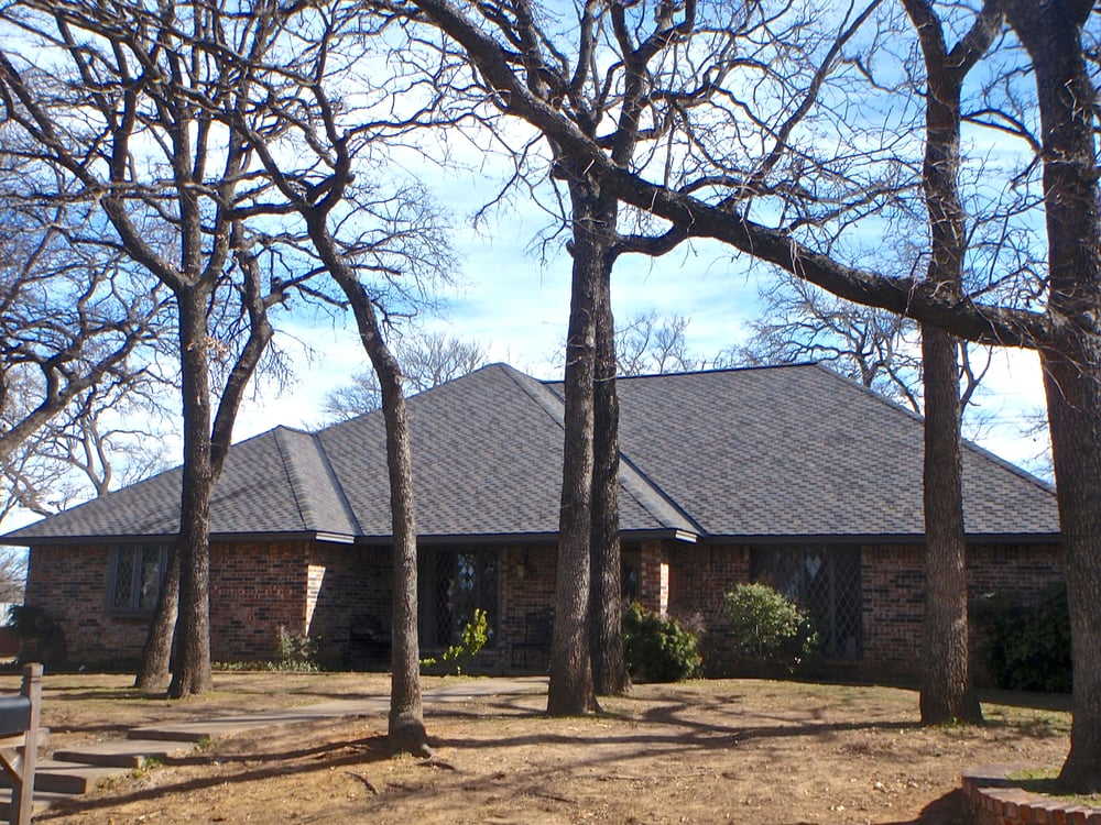 Charles Martin & Son Roofing: 3017 Woodbridge Dr, Bedford, TX