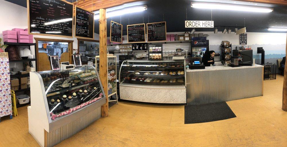 Sweet Marie's Bakeshop: 111 W Bridge St, Saratoga, WY