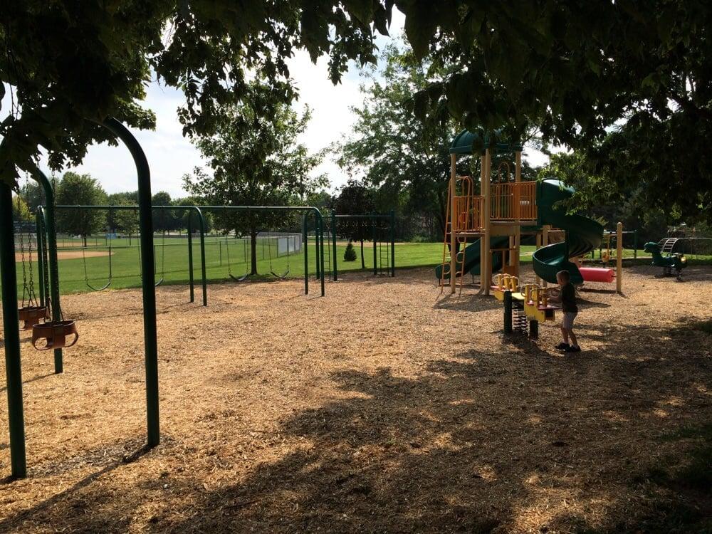 Forsyth Park: 802 Stevens Creek Ln, Forsyth, IL