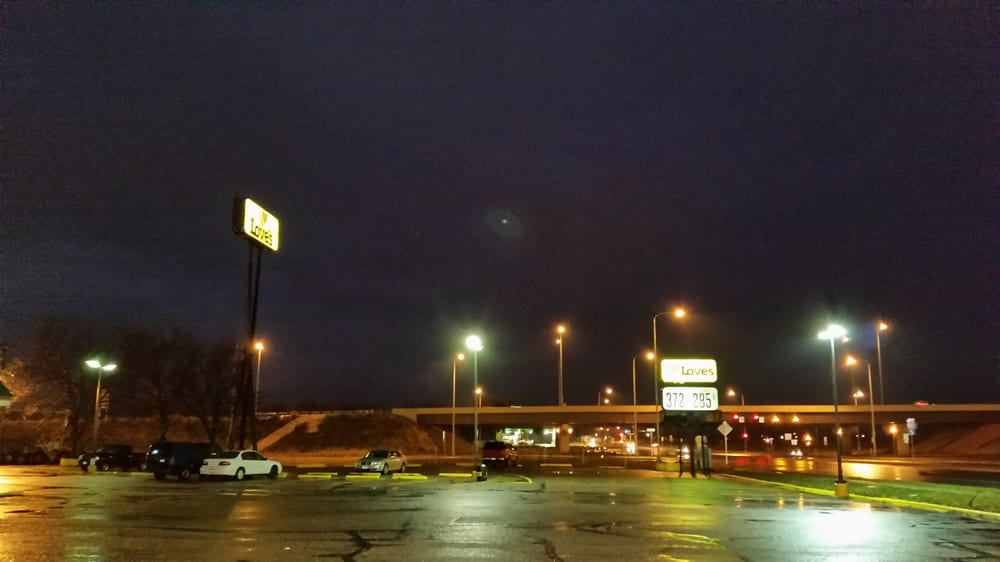 Love's Travel Stop: 5301 N Cliff, Sioux Falls, SD