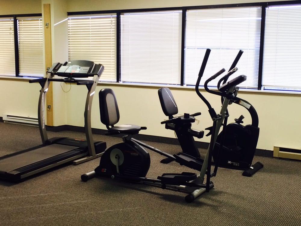 Axon Physical Therapy Clinic: 85 S Bragg St, Alexandria, VA