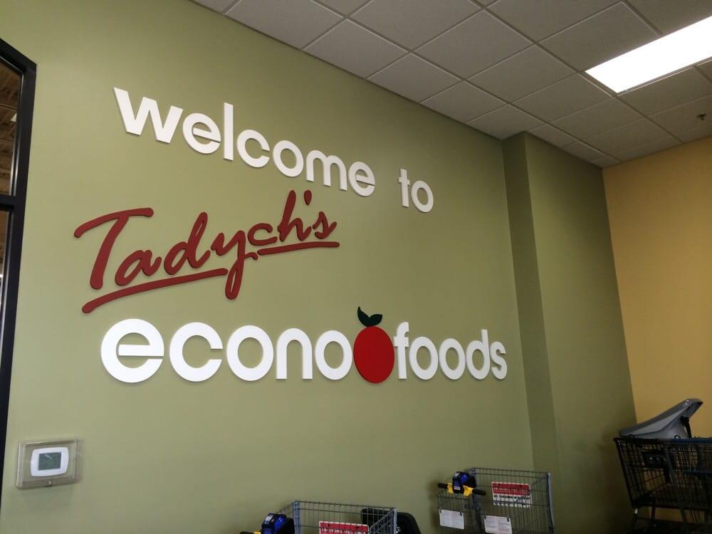 Tadych's Econo Foods: 109 S Main St, Brillion, WI