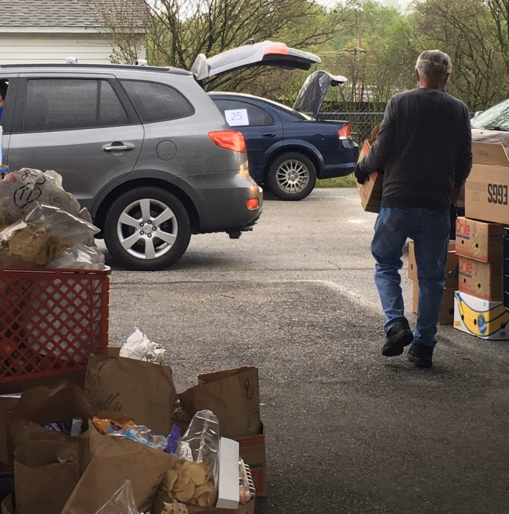 Hope Ministries Food Pantry: 206 E Elm St, O Fallon, MO