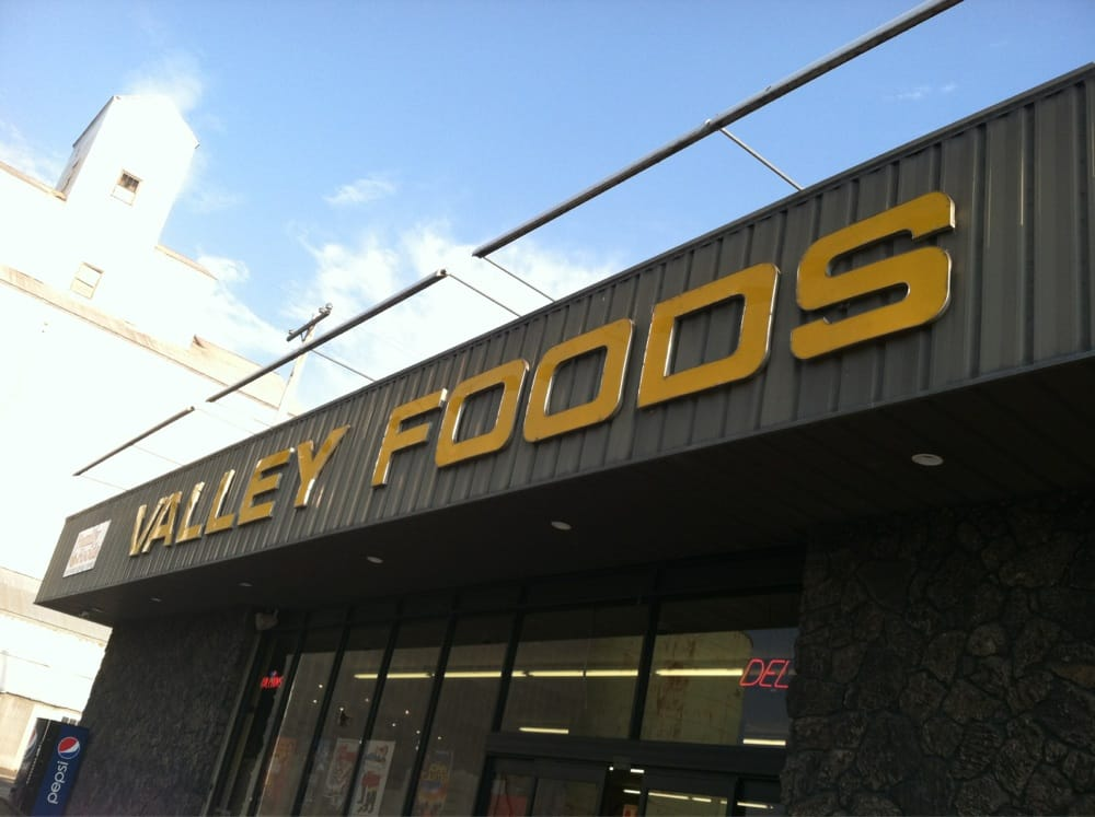 Valley Foods: 204 N US Highway 95, Lapwai, ID