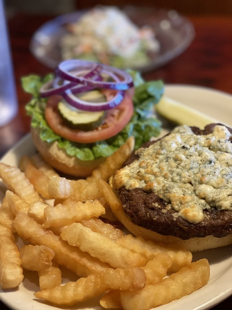 The Cotton Exchange Seafood Grill & Tavern: 201 E River St, Savannah, GA