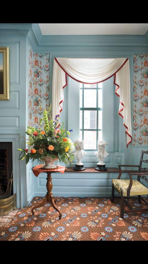 Lisa's House of Flowers: 601 N 1st St, Mebane, NC