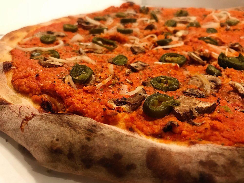 Pizza Head: 3196 S Grand Blvd, Saint Louis, MO