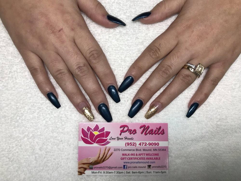 Pro Nails: 2270 Commerce Blvd, Mound, MN
