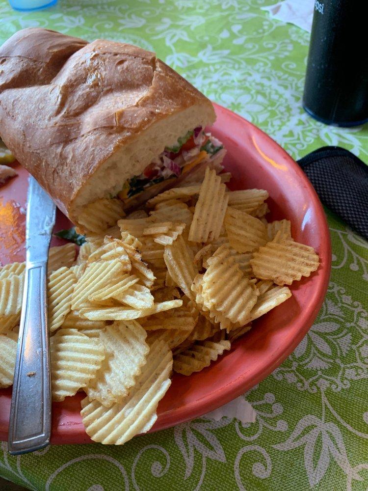 Pondo's Restaurant & Pizzeria: 6158 State Hwy 7, Colliersville, NY