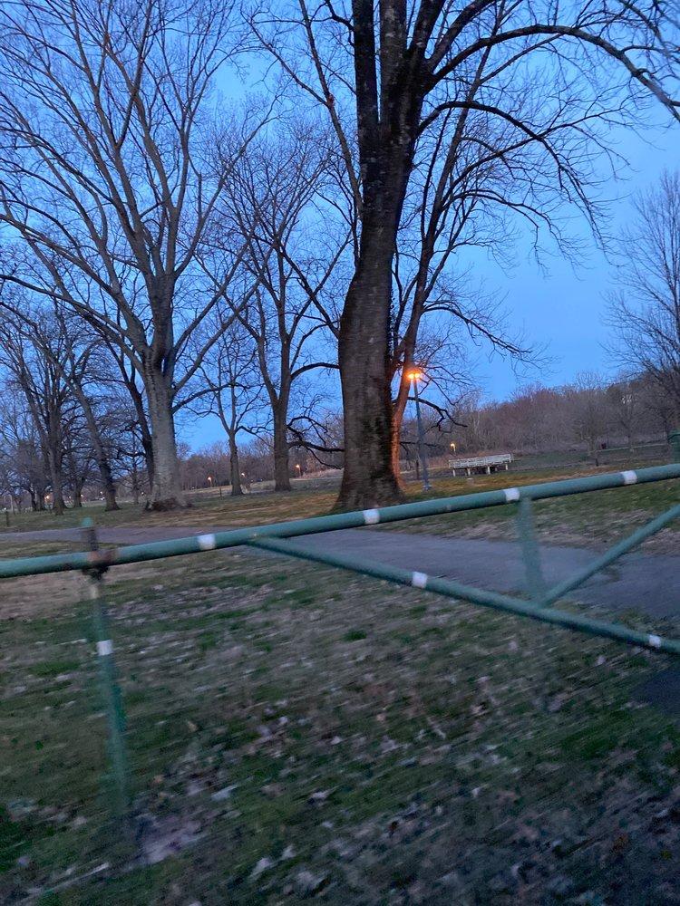 Thurman Hutchins Park: 3734 River Rd, Louisville, KY