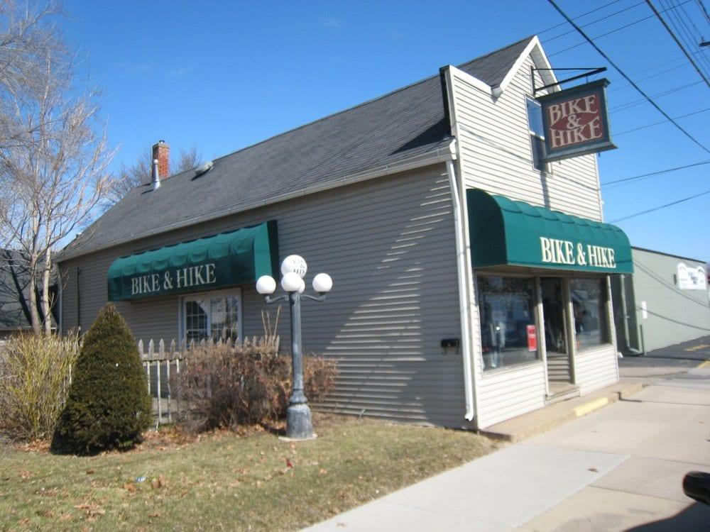 Bike N Hike Shop: 3913 14th Ave, Rock Island, IL