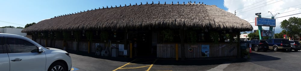 Panoramic view of the restaurant exterior yelp for Walts fish market