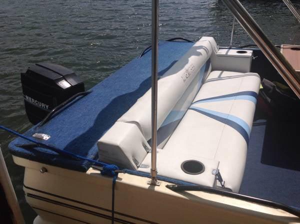 Affordable Watercraft Service & Rentals: 4765 East US Hwy 54, Linn Creek, MO