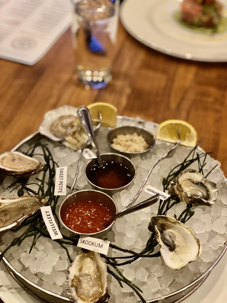 Social Spots from Kee Oyster House