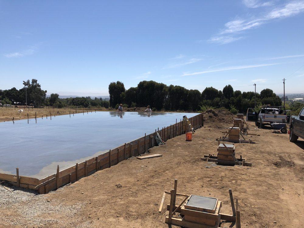 Ken Averill Concrete: Aptos, CA