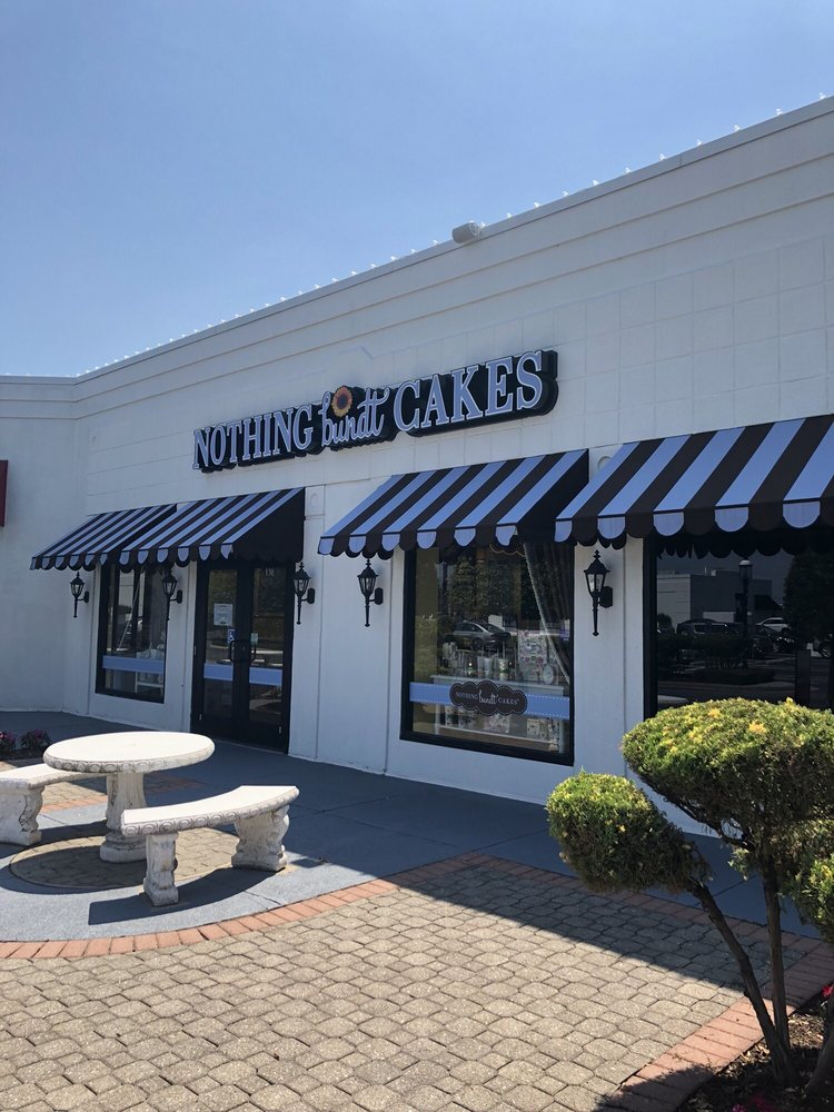 Lapromenade Distinctive Shoppes