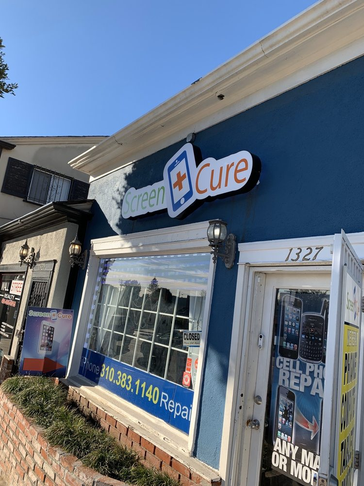 Screen Cure: 1327 N La Brea, Inglewood, CA