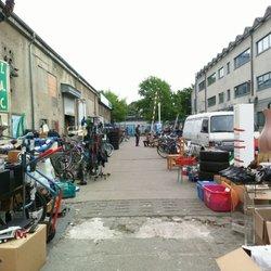 Flohmarkt Möbel Berlin hallentrödelmarkt treptow 39 fotos 21 beiträge flohmarkt