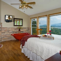 Gentil Photo Of Amazing Views Cabin Rentals   Pigeon Forge, TN, United States.  Gatlinburg