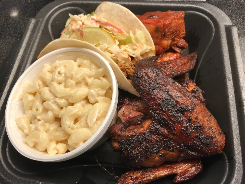Rogue BBQ PGH: 825 Commonwealth Ave, West Mifflin, PA
