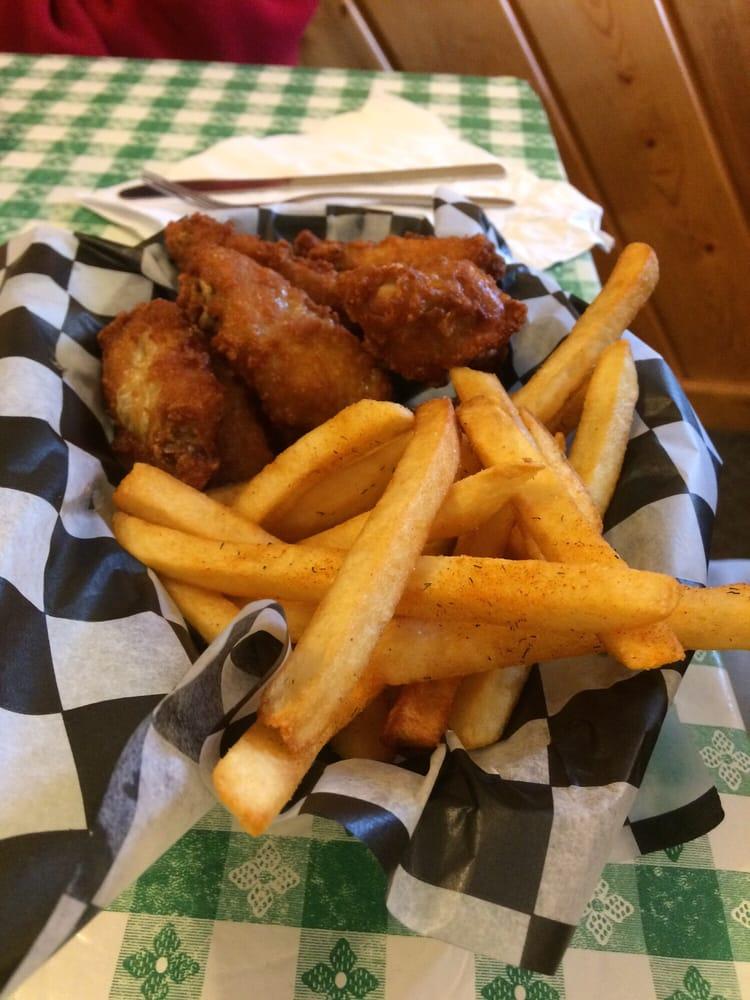 Mama's Country Kitchen of Alden: 9069 Helena Rd, Alden, MI