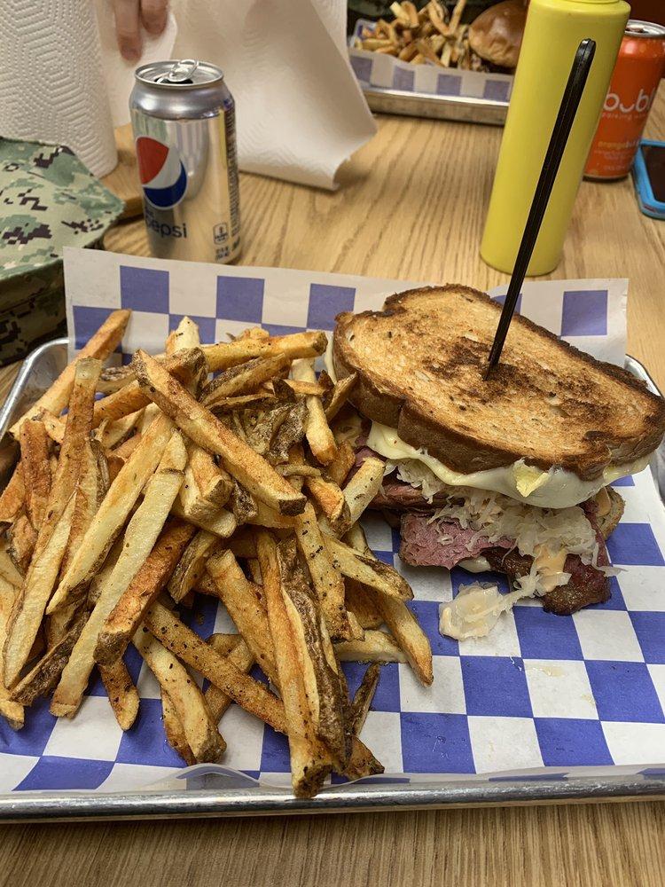 Blackdog Cafe & Catering Company: 5360 Robin Hood Rd, Norfolk, VA