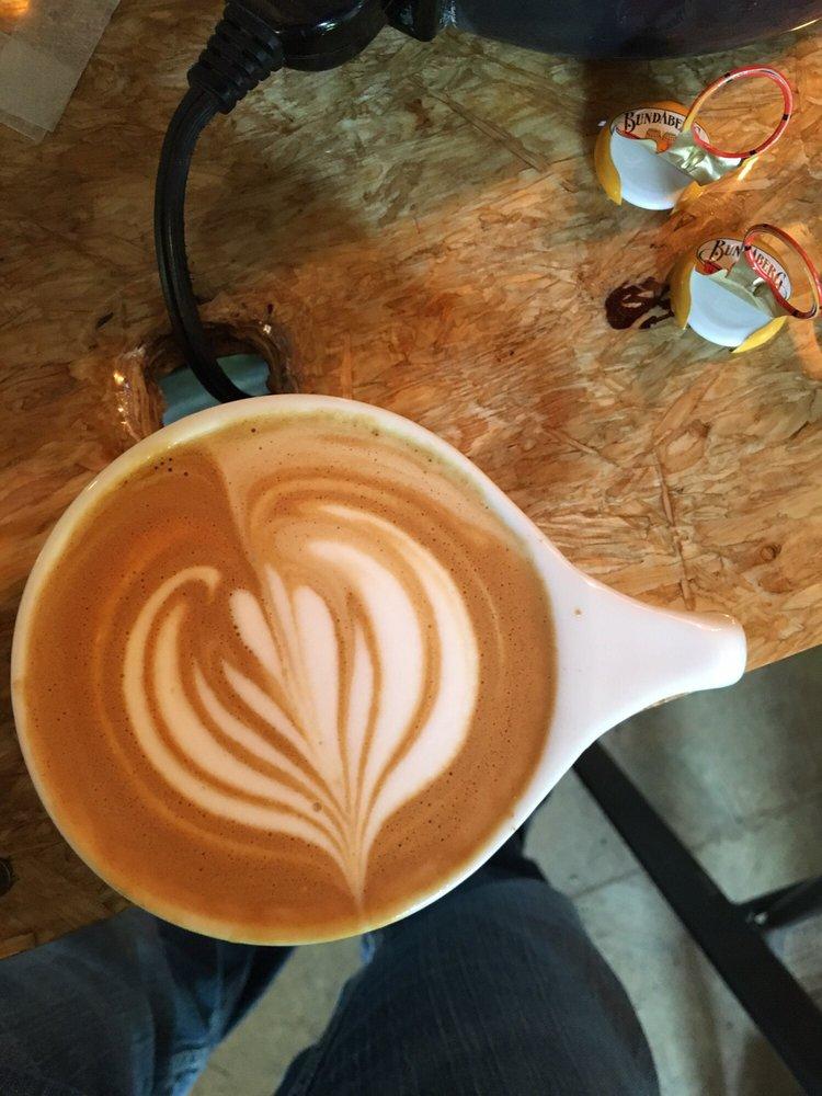 Aerís Coffee Roasters: 303 5th Ave, Iroquois, SD