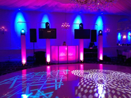 wedding DJ and MC in Melbourne
