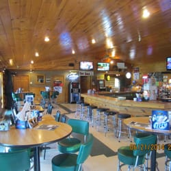 Fish tales bar grill bars 50748 state hwy 46 squaw for Fish tales restaurant