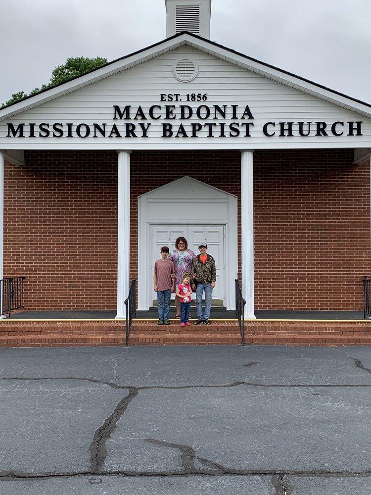 Macedonia Baptist Church: 1100 Macedonia Church Rd, Cochran, GA