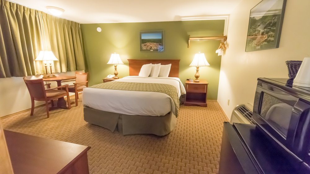 Fort Davidson Hotel: 310 S McCune St, Pilot Knob, MO