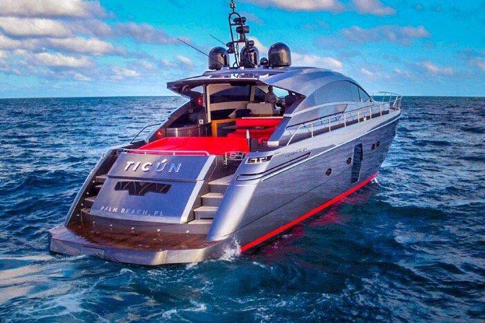 Blue Water Yacht Charter