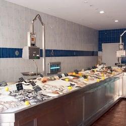 Chez claire seafood 12 rue d 39 orange la belle de mai for Restaurant chez marie marseille