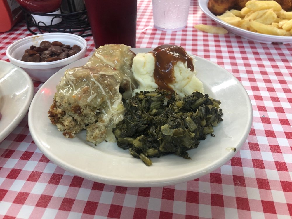 2 Sister's Diner: 514 W Bankhead St, New Albany, MS