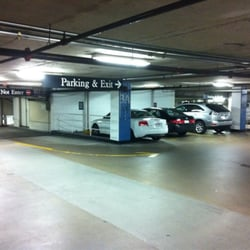 Copley place central garage parking 2 copley pl back for Garage 2 places