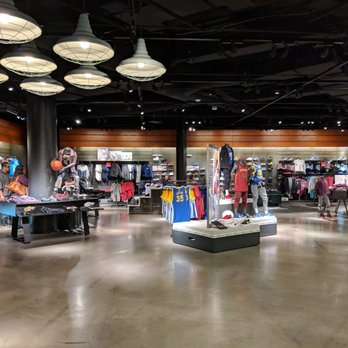 Nike Las Vegas - 263 Photos & 96 Reviews - Shoe Stores - 3500 Las ...