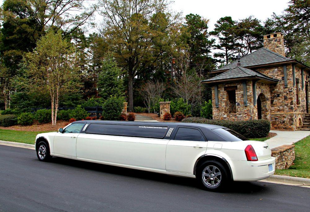 Reynolds Limousine Service: Huntersville, NC