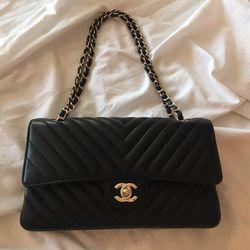 Chanel - 61 Photos   81 Reviews - Accessories - 3600 Las Vegas Blvd ... 42876835bb65d