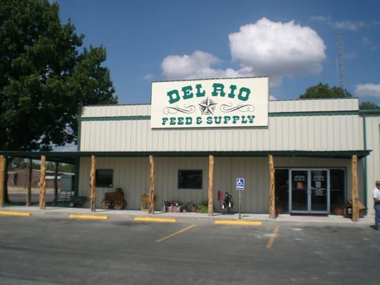 Del Rio Feed Amp Supply Pet Stores 111 E Gibbs St Del