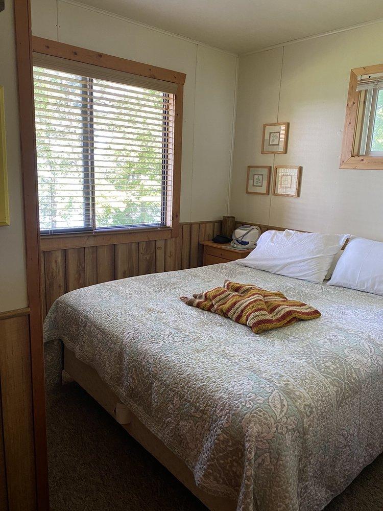 Woodland Resort: 13270 E Lake Miltona Dr NE, Miltona, MN