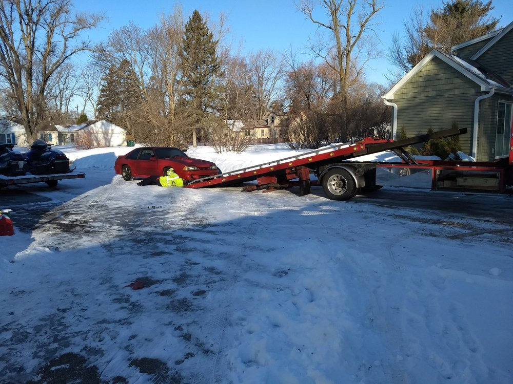 Towing business in Anoka, MN