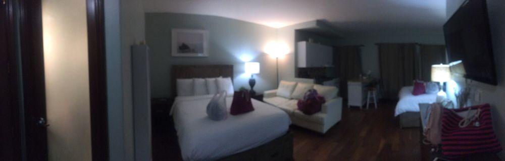 Ocean Luxury Lofts and Suites: 107 Broadway Ave, Santa Monica, CA