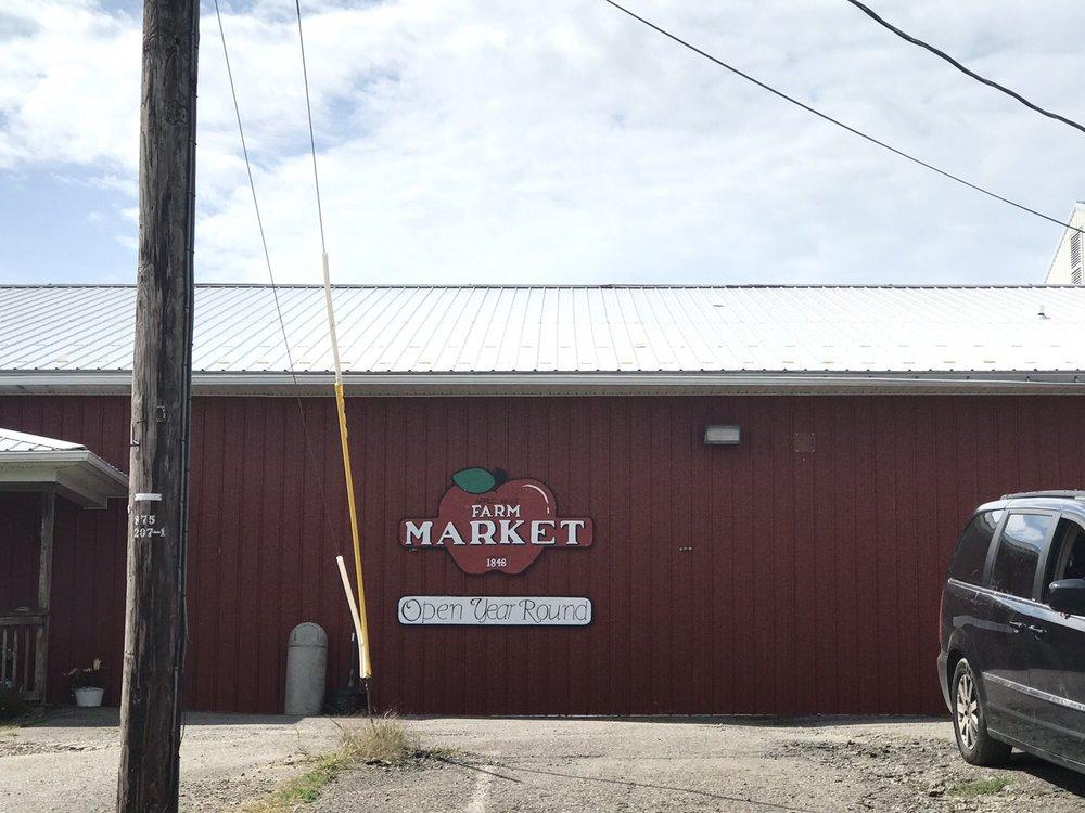 Apple Hills Farm: 131 Brooks Rd, Binghamton, NY