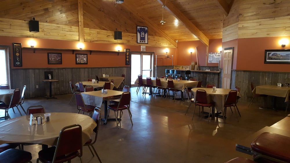 Steel Moose Bar & Grill: 7083 State Hwy 22, Oconto Falls, WI