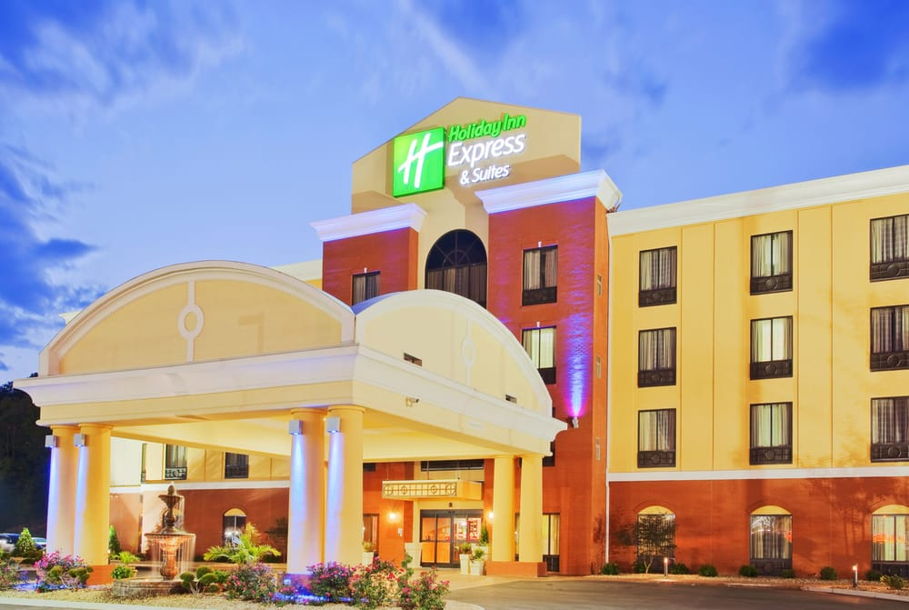 Holiday Inn Express & Suites Knoxville-Clinton: 111 Hillvale Rd, Clinton, TN