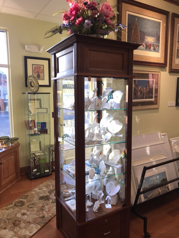 Medart Galleries: 10735 Town Center Blvd, Dunkirk, MD