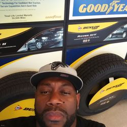 Mr Tire Auto Service Centers 25 Reviews Tires 1574 Holcomb